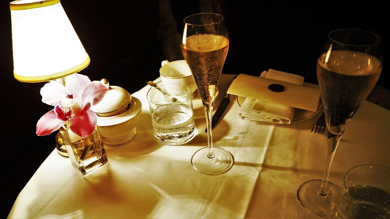 champagne hotel cafe royal